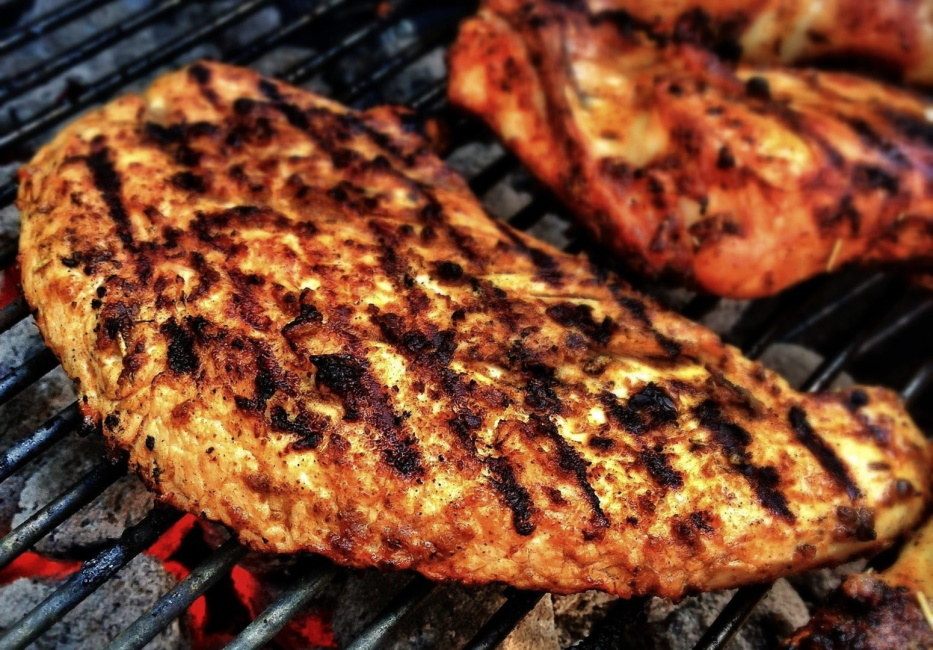 Grilling chicken breast: the perfect fillet