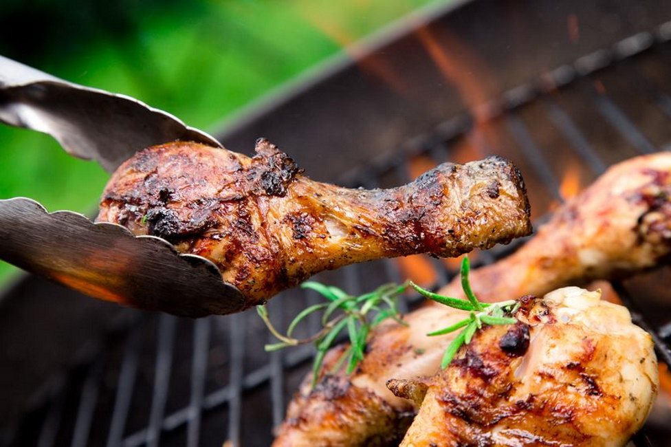 Grilling chicken legs: the perfect chicken wings